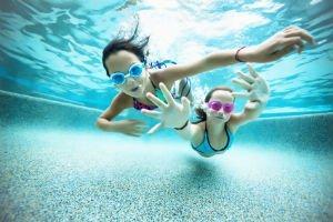 Sandwell-children-under-water